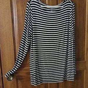 L Gap black white striped tunic